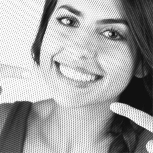 frau lächelt, in behandlung bei dr. groddeck, kiefergelenktherapie